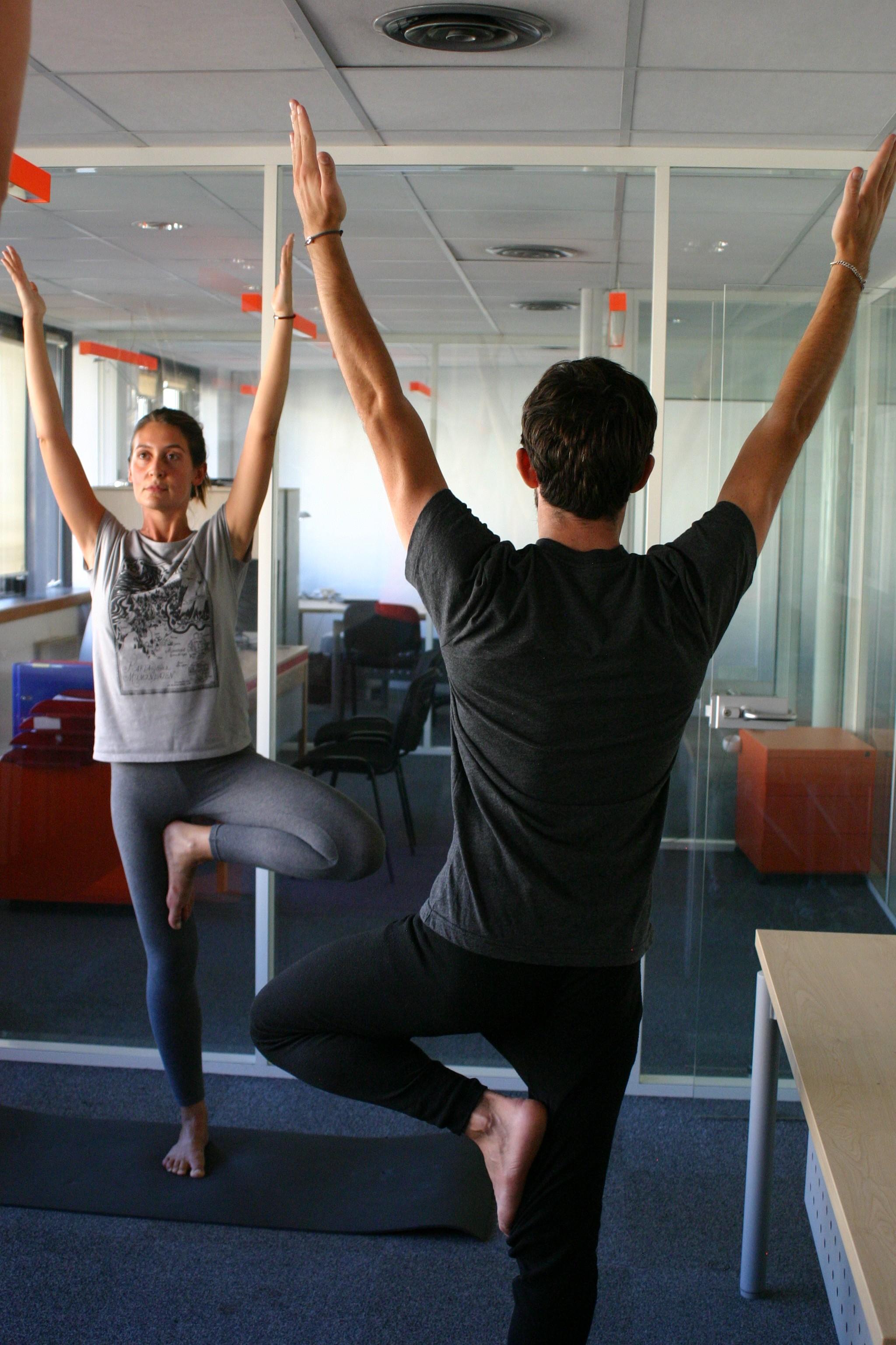 Yoga au travail avec Elodie Yoga à Paris et Boulogne Billancourt