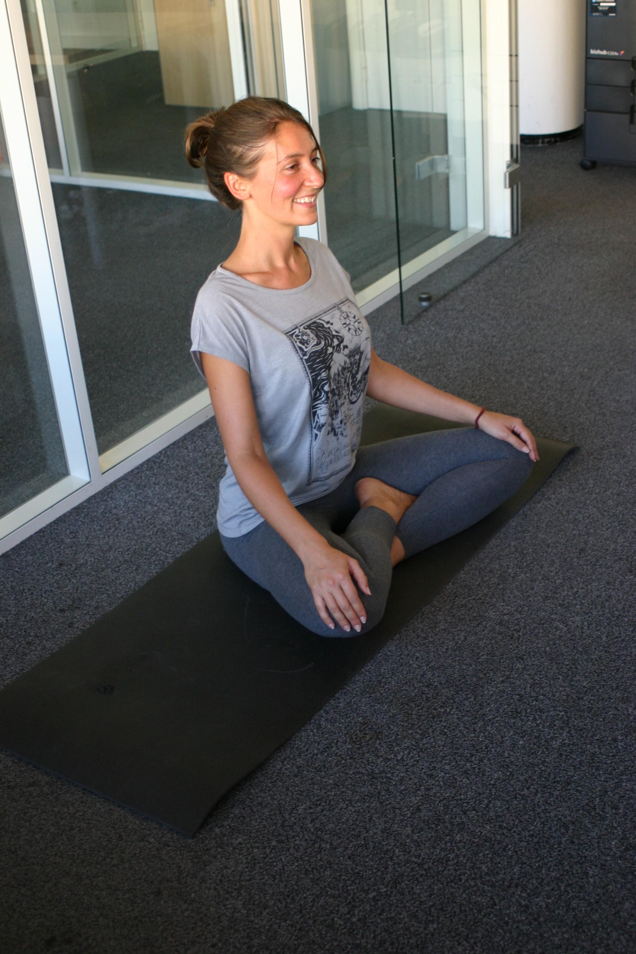 Yoga en entreprise avec Elodie Yoga à Paris et Boulogne Billancourt